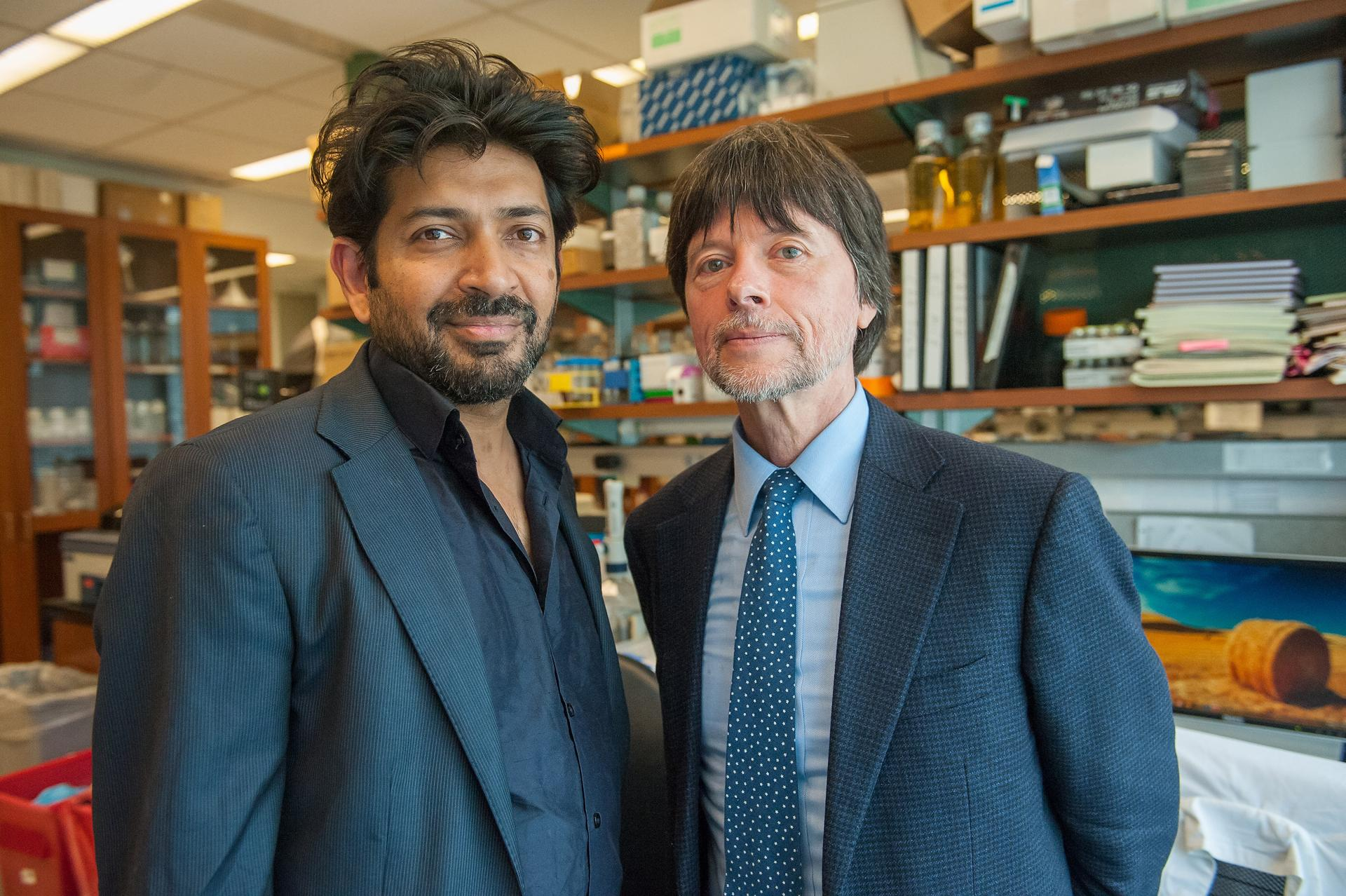 Ken Burns Far Right, With Siddhartha Mukherjee, Author Of €�the Emperor Of  All